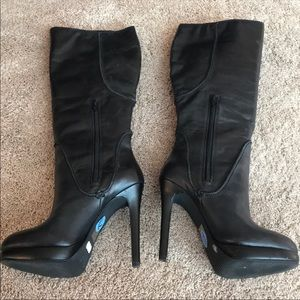 Jessica Simpson boots size 7 1/2